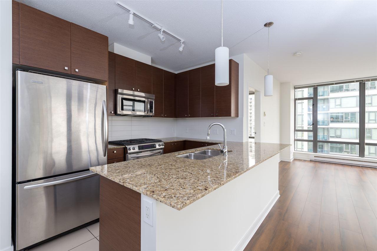 Condo Apartment at 808 7360 ELMBRIDGE WAY, Unit 808, Richmond, British Columbia. Image 6