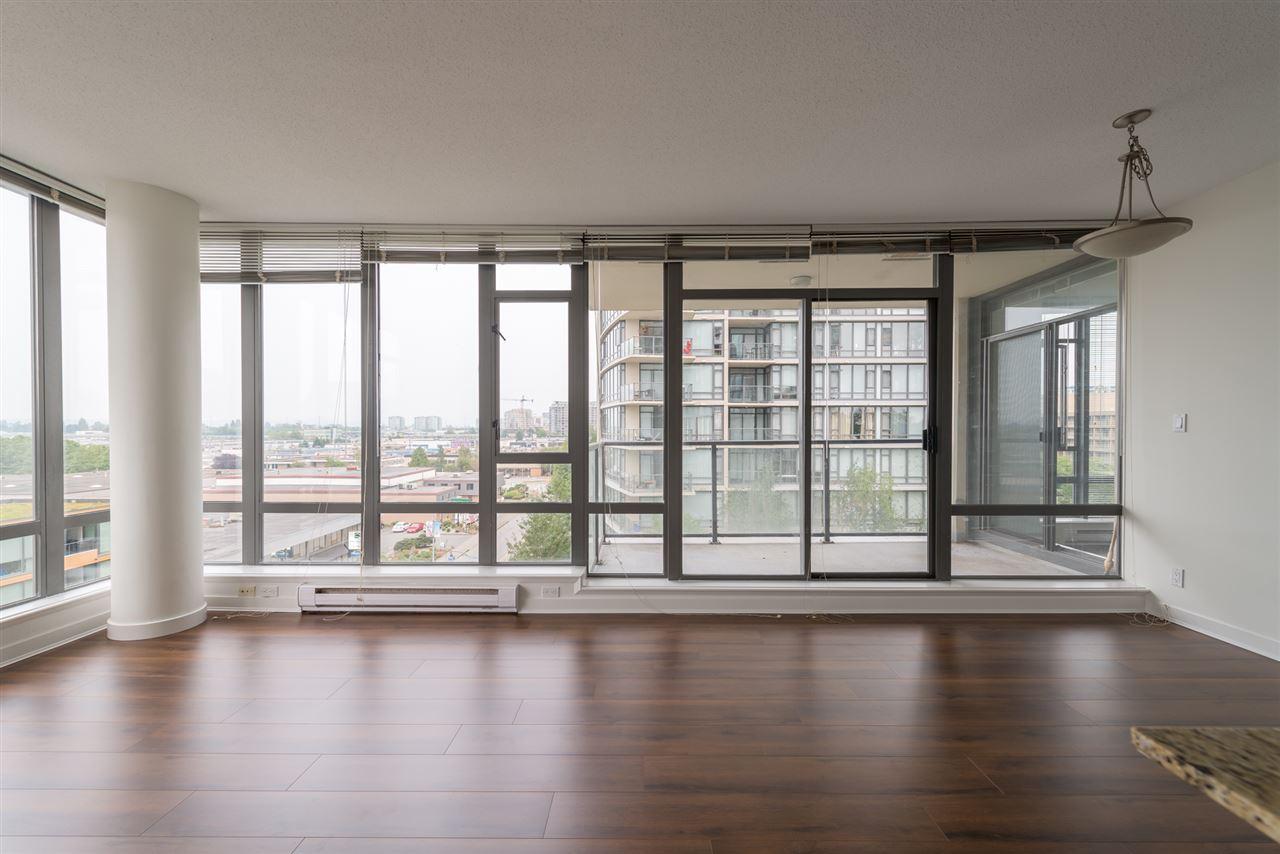 Condo Apartment at 808 7360 ELMBRIDGE WAY, Unit 808, Richmond, British Columbia. Image 9