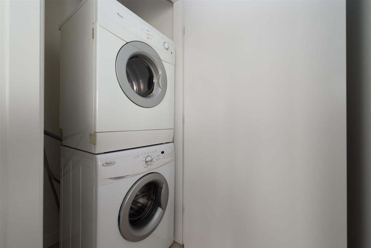 Condo Apartment at 808 7360 ELMBRIDGE WAY, Unit 808, Richmond, British Columbia. Image 11
