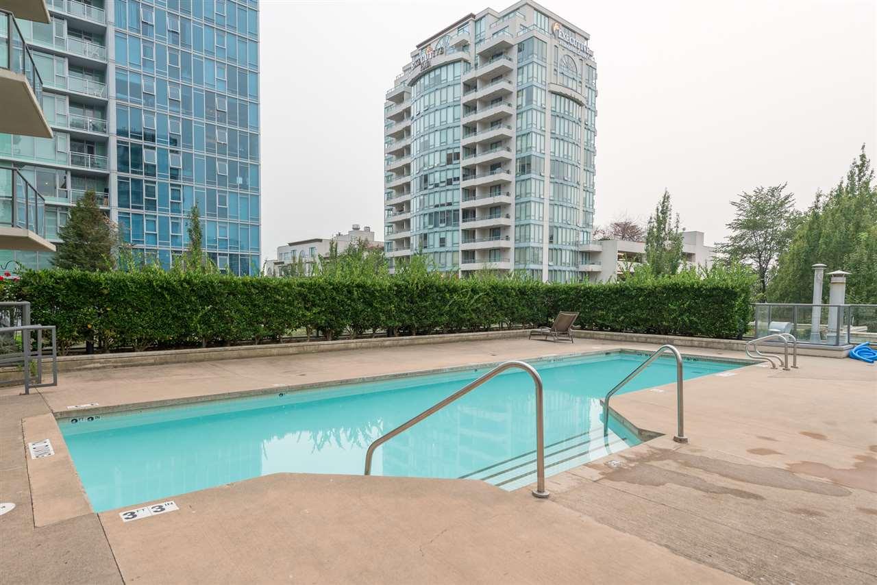 Condo Apartment at 808 7360 ELMBRIDGE WAY, Unit 808, Richmond, British Columbia. Image 15