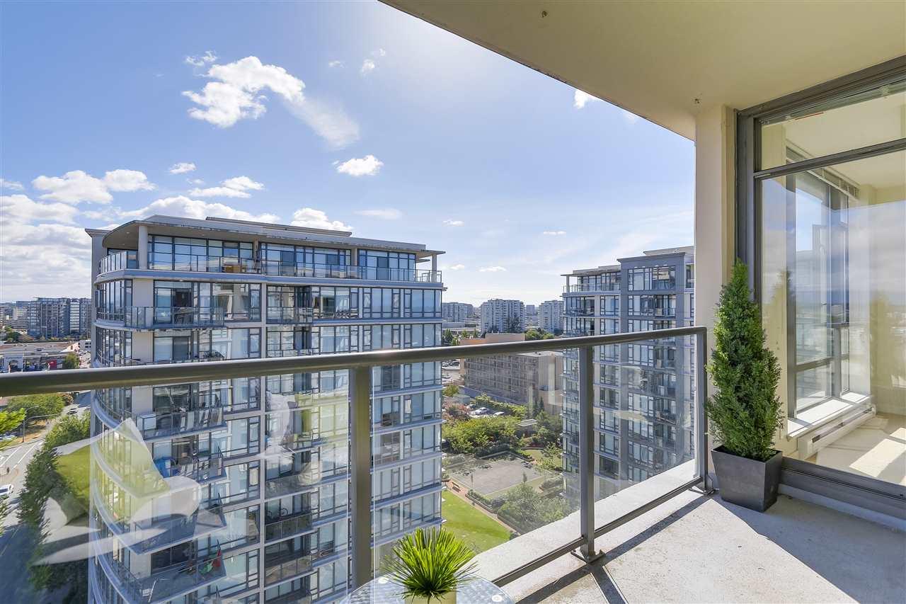 Condo Apartment at 1708 7360 ELMBRIDGE WAY, Unit 1708, Richmond, British Columbia. Image 12