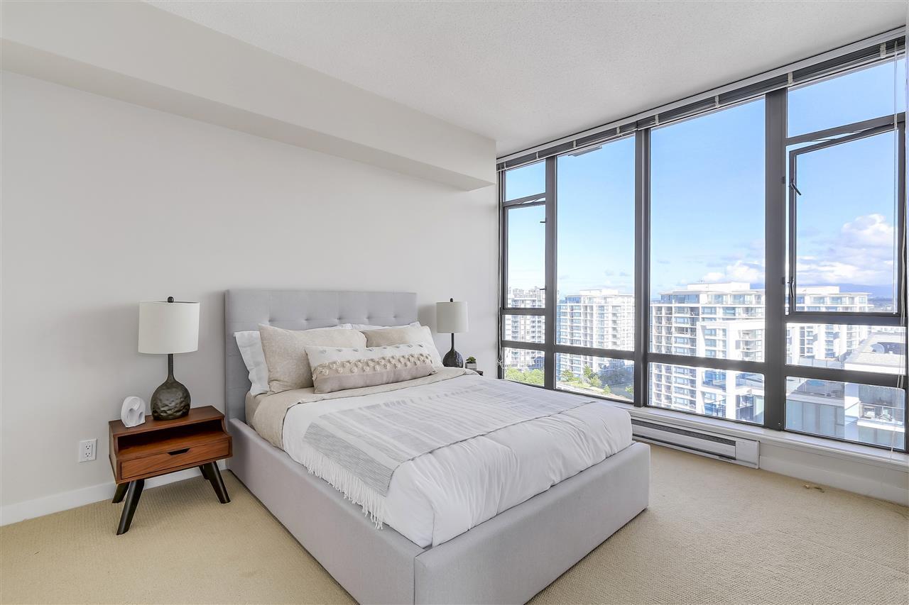 Condo Apartment at 1708 7360 ELMBRIDGE WAY, Unit 1708, Richmond, British Columbia. Image 16