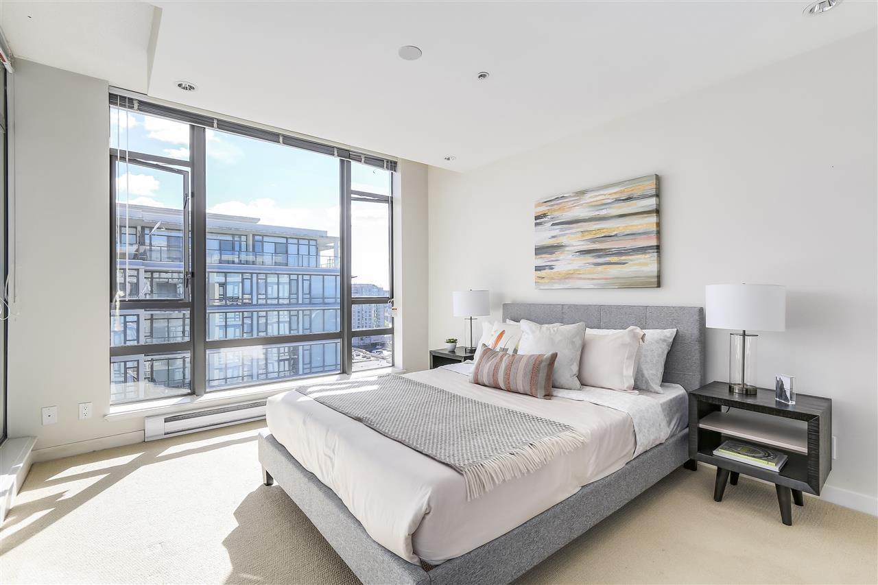 Condo Apartment at 1708 7360 ELMBRIDGE WAY, Unit 1708, Richmond, British Columbia. Image 18