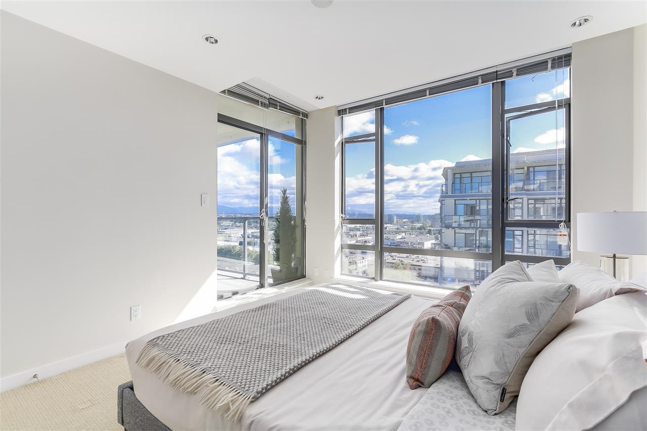 Condo Apartment at 1708 7360 ELMBRIDGE WAY, Unit 1708, Richmond, British Columbia. Image 19
