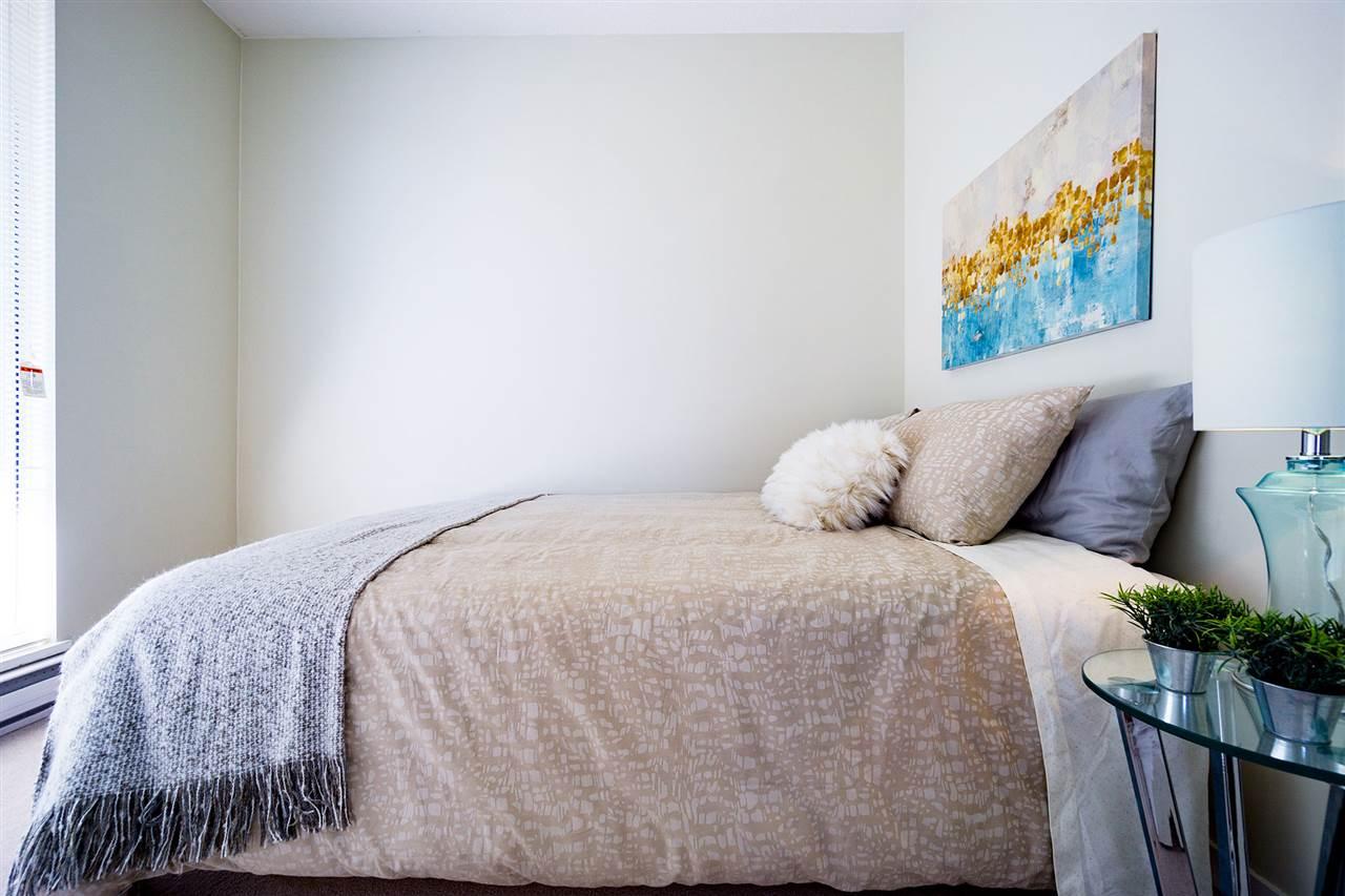 Condo Apartment at 401 8480 GRANVILLE AVENUE, Unit 401, Richmond, British Columbia. Image 13