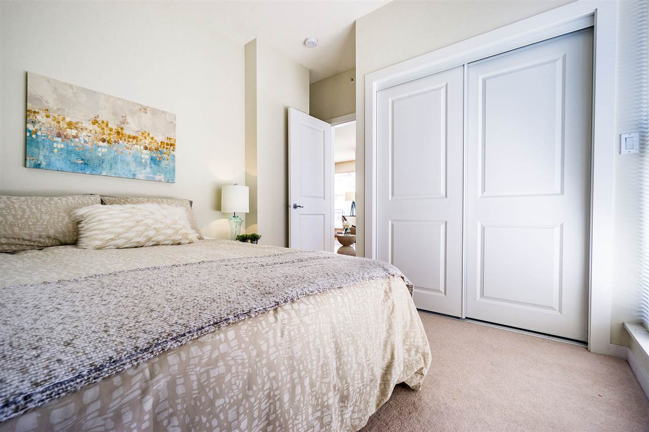 Condo Apartment at 401 8480 GRANVILLE AVENUE, Unit 401, Richmond, British Columbia. Image 14