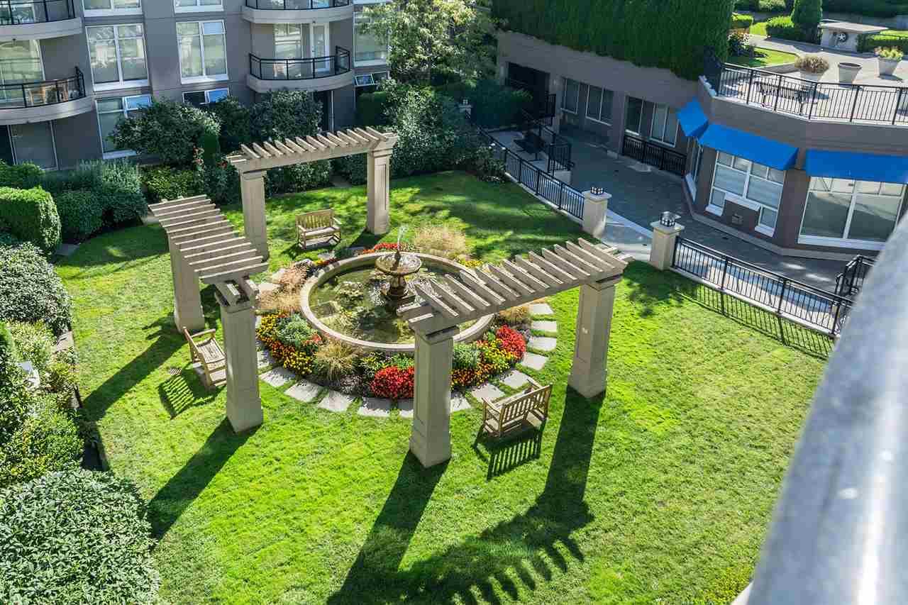Condo Apartment at 401 8480 GRANVILLE AVENUE, Unit 401, Richmond, British Columbia. Image 18