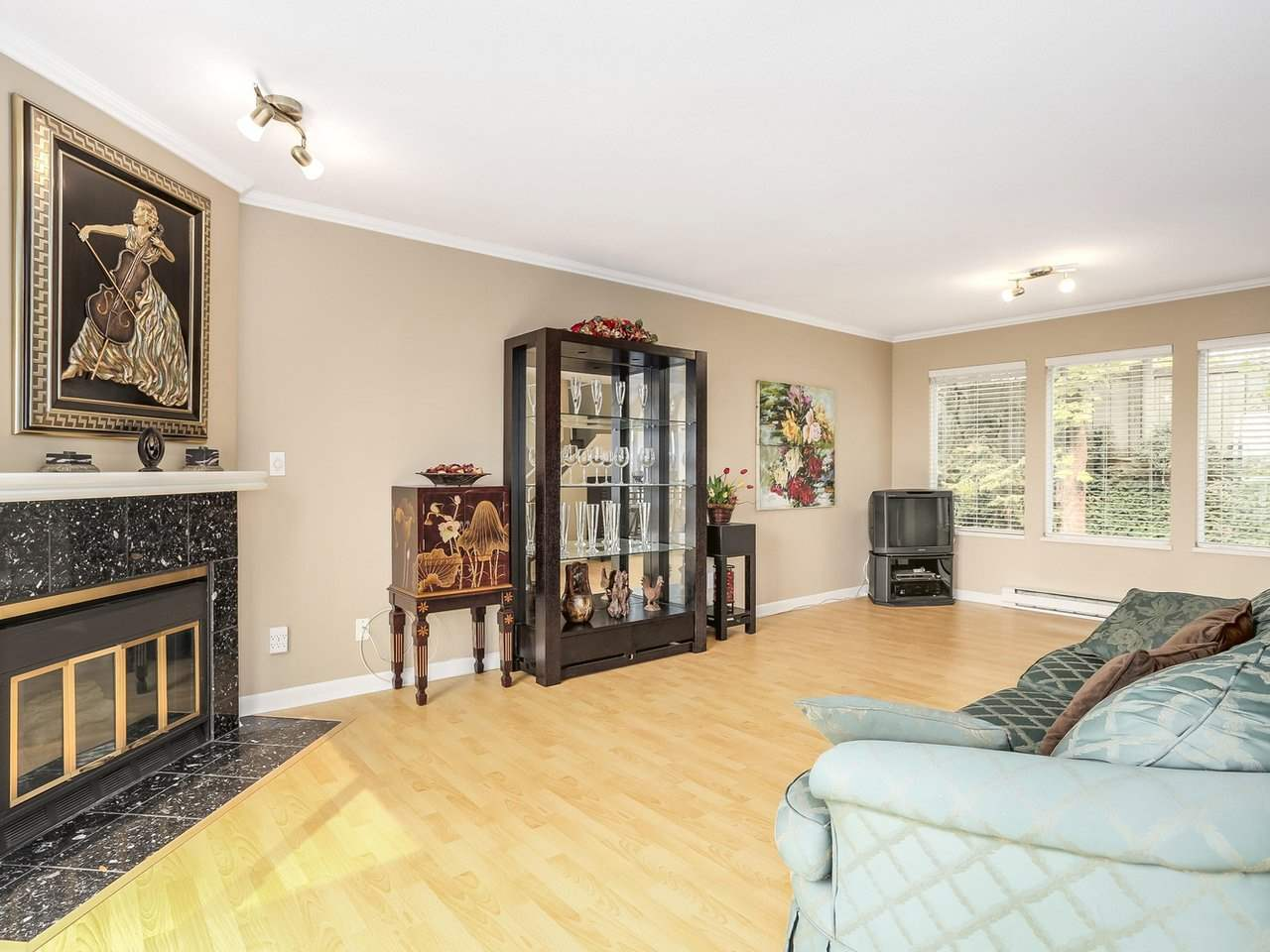 Townhouse at 2329 QUAYSIDE COURT, Vancouver East, British Columbia. Image 7