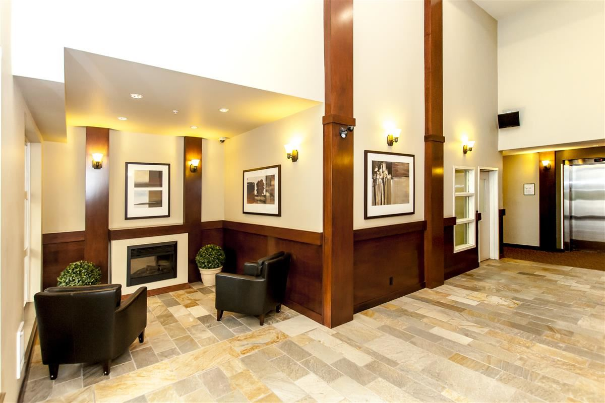 Condo Apartment at 202 275 ROSS DRIVE, Unit 202, New Westminster, British Columbia. Image 2