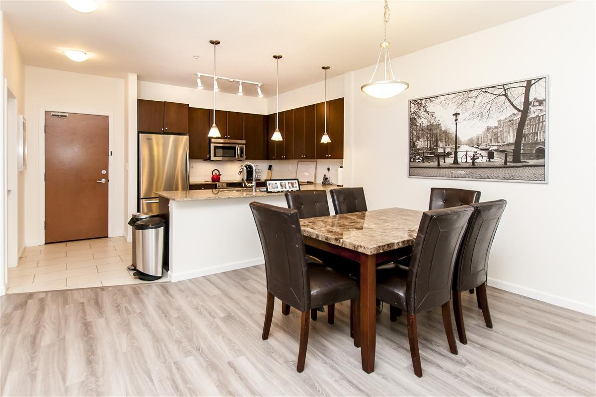 Condo Apartment at 202 275 ROSS DRIVE, Unit 202, New Westminster, British Columbia. Image 4