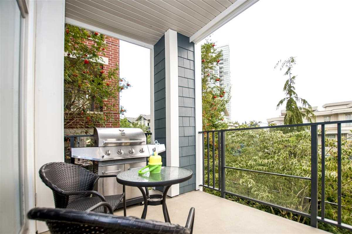 Condo Apartment at 202 275 ROSS DRIVE, Unit 202, New Westminster, British Columbia. Image 7
