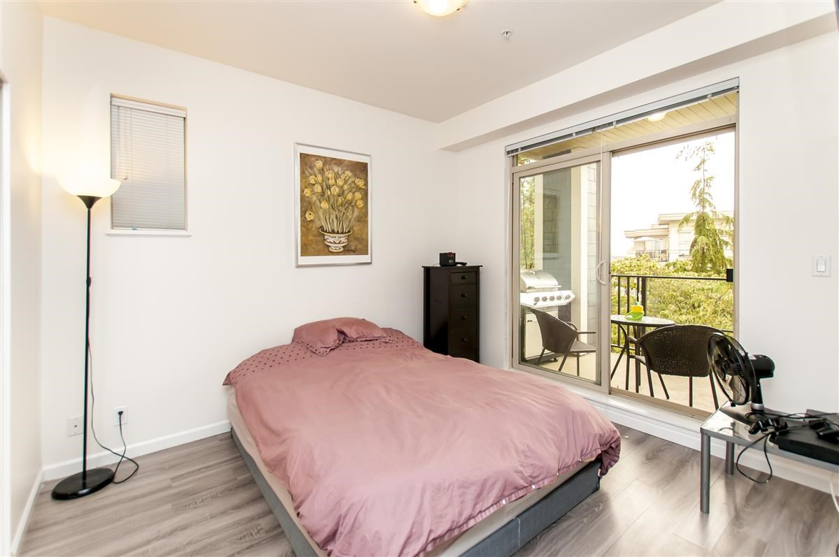 Condo Apartment at 202 275 ROSS DRIVE, Unit 202, New Westminster, British Columbia. Image 9