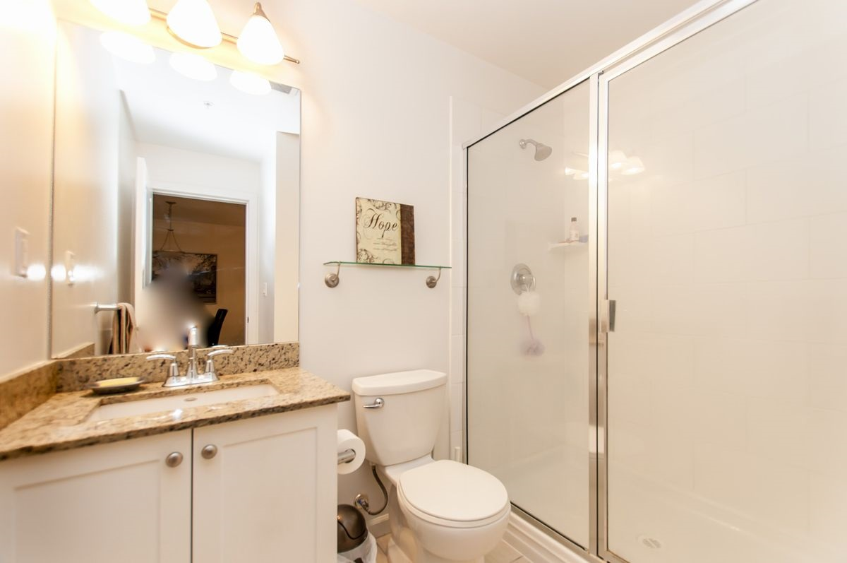 Condo Apartment at 202 275 ROSS DRIVE, Unit 202, New Westminster, British Columbia. Image 12