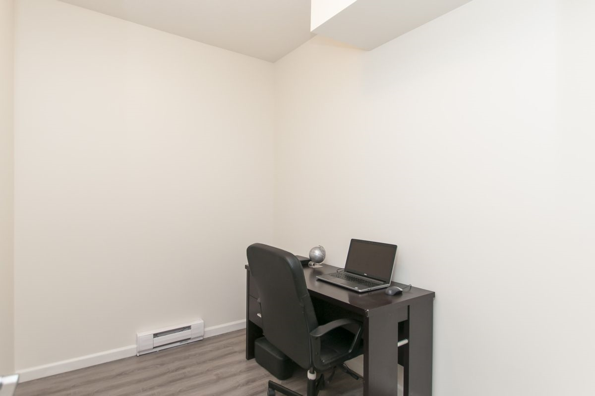 Condo Apartment at 202 275 ROSS DRIVE, Unit 202, New Westminster, British Columbia. Image 13