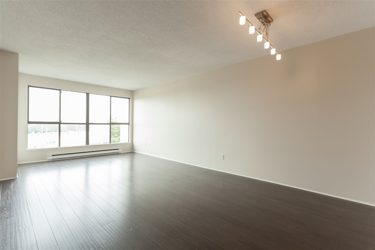 Condo Apartment at 704 7040 GRANVILLE AVENUE, Unit 704, Richmond, British Columbia. Image 1