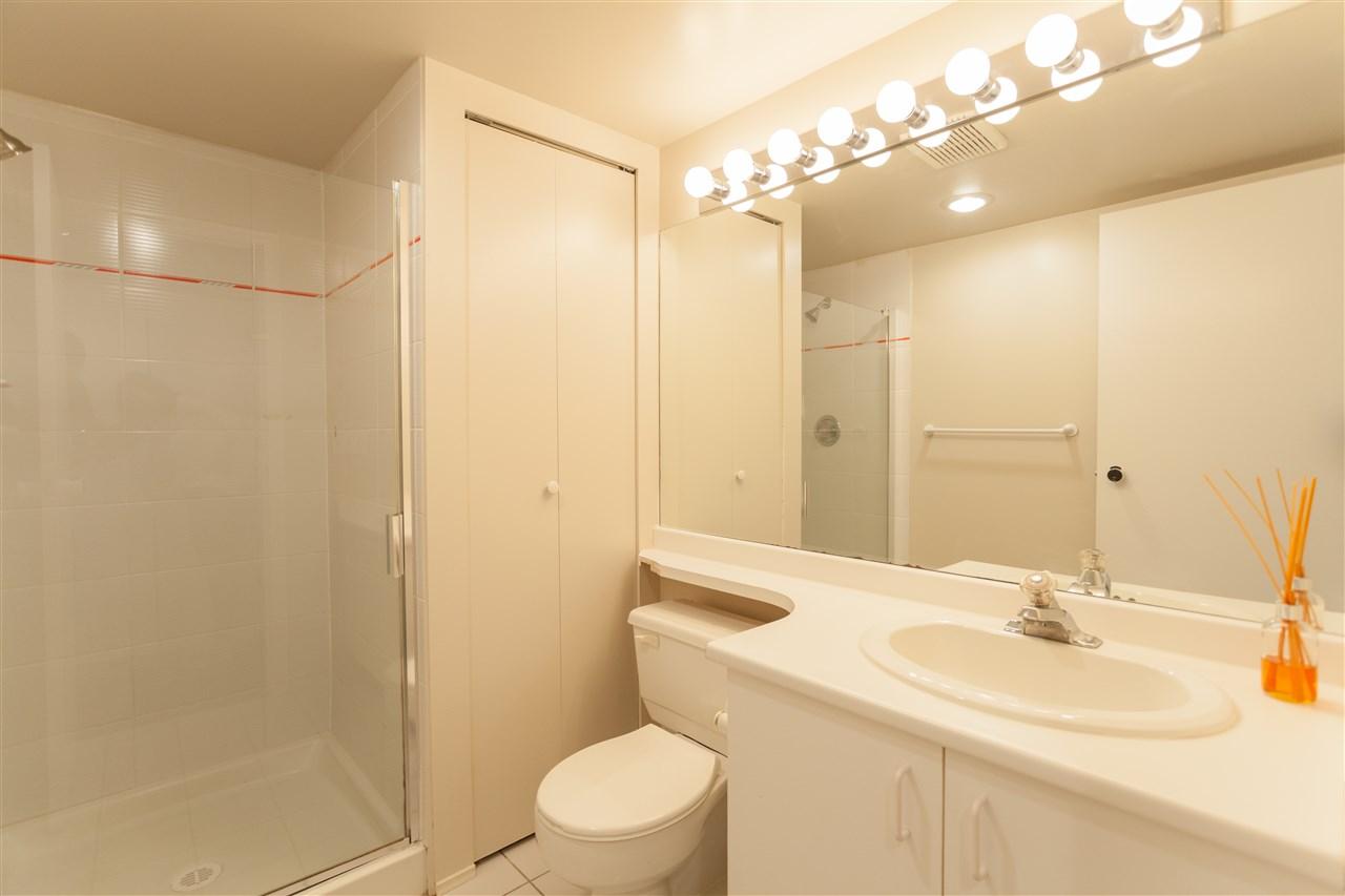 Condo Apartment at 704 7040 GRANVILLE AVENUE, Unit 704, Richmond, British Columbia. Image 4