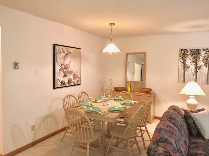 Townhouse at 1202 3050 HILLCREST DRIVE, Unit 1202, Whistler, British Columbia. Image 3