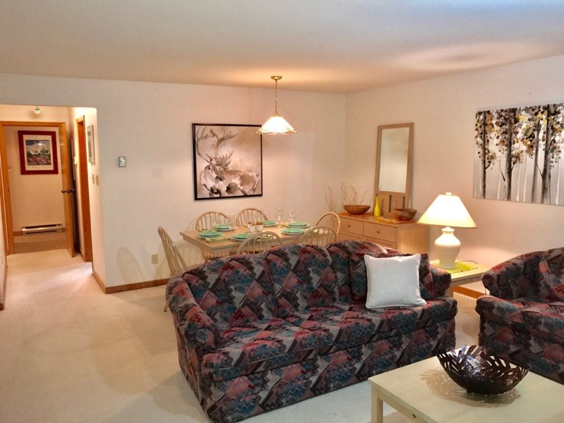 Townhouse at 1202 3050 HILLCREST DRIVE, Unit 1202, Whistler, British Columbia. Image 4