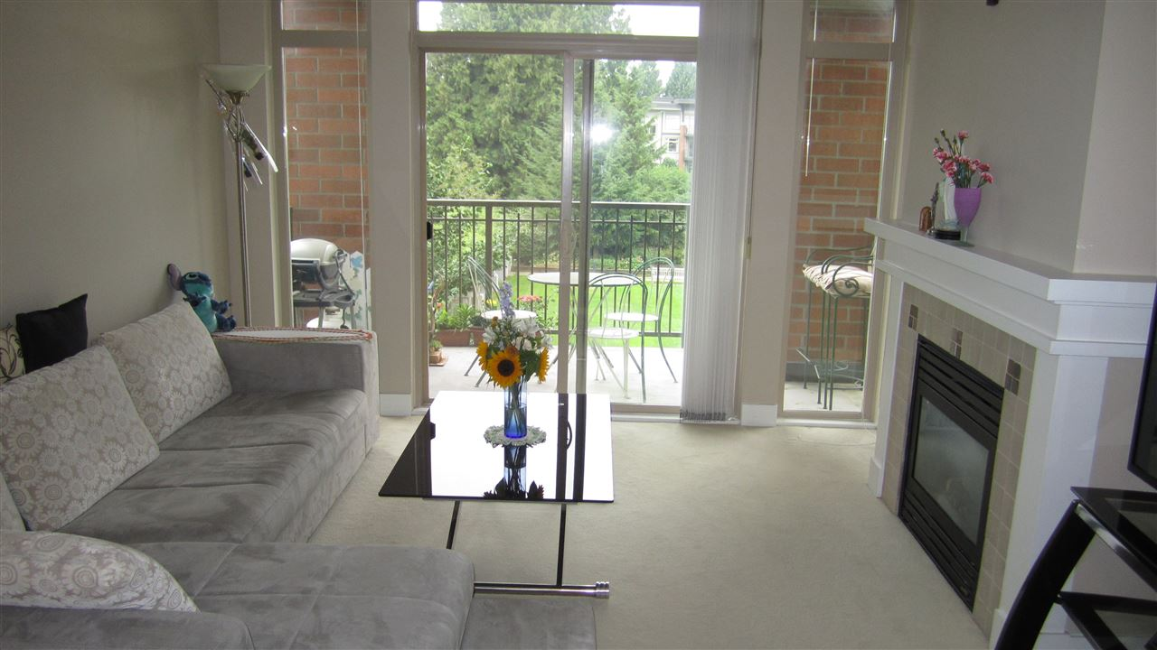 Condo Apartment at 301 2280 WESBROOK MALL, Unit 301, Vancouver West, British Columbia. Image 2