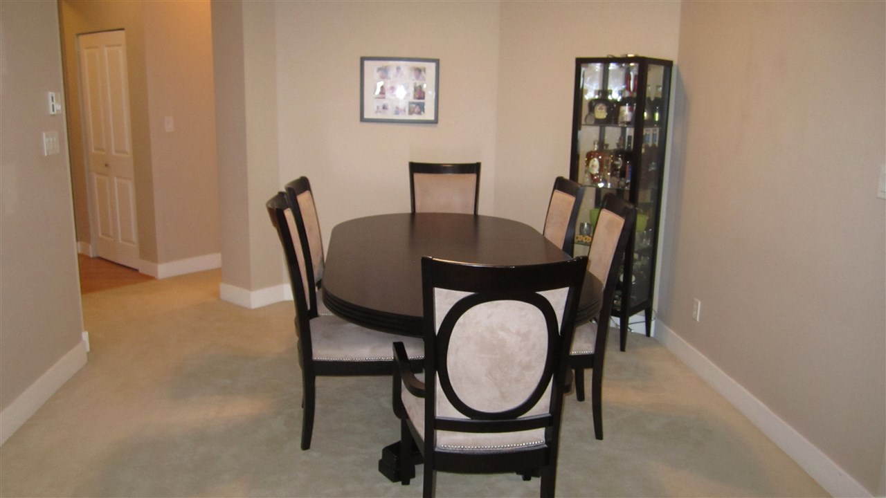 Condo Apartment at 301 2280 WESBROOK MALL, Unit 301, Vancouver West, British Columbia. Image 4