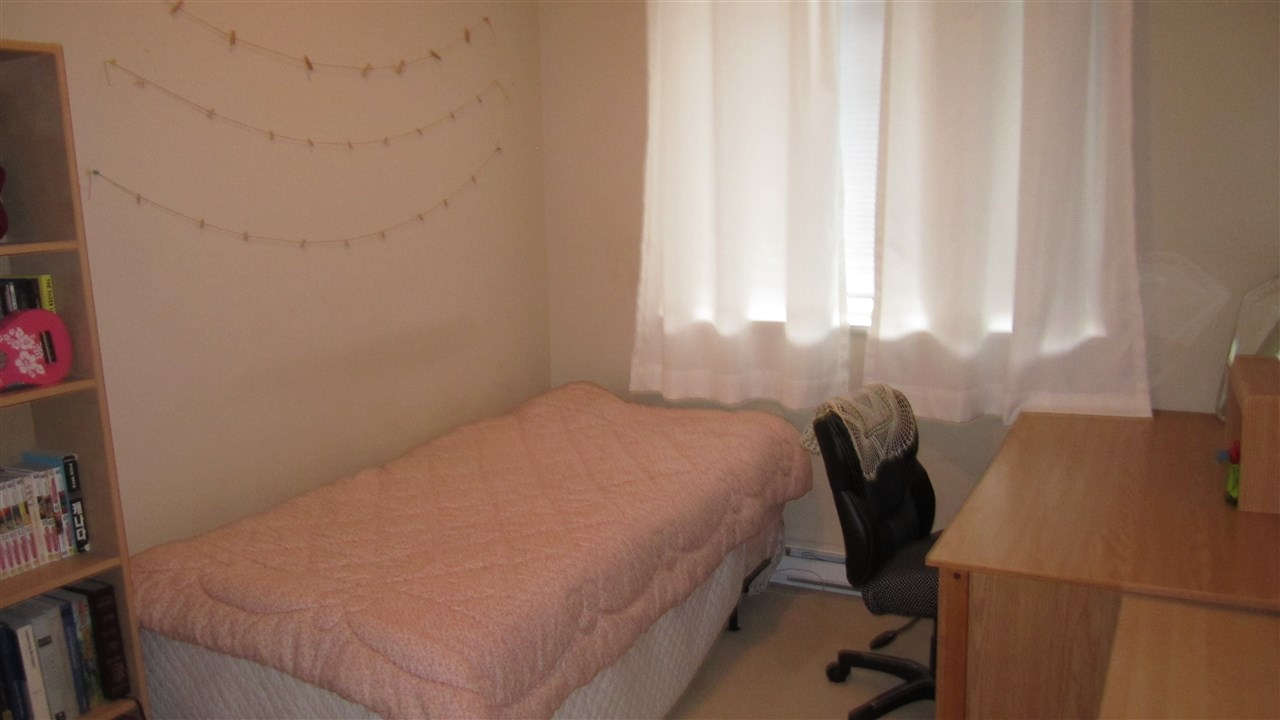Condo Apartment at 301 2280 WESBROOK MALL, Unit 301, Vancouver West, British Columbia. Image 11