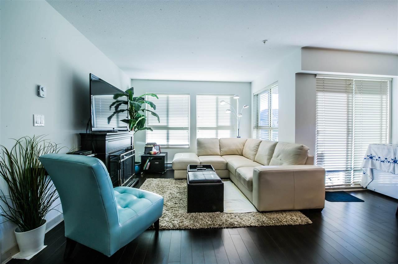 Condo Apartment at 406 8695 160 STREET, Unit 406, Surrey, British Columbia. Image 2