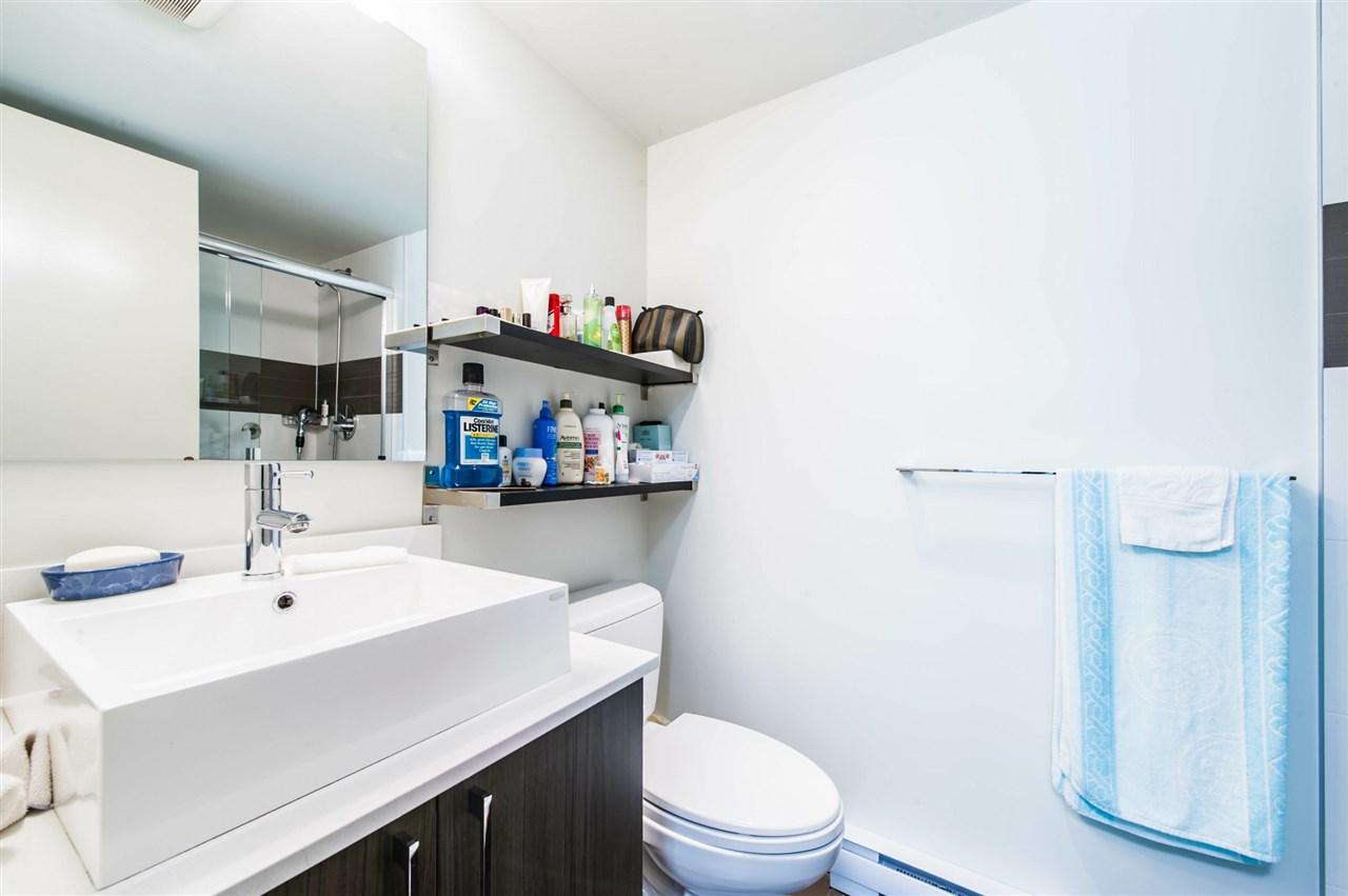 Condo Apartment at 406 8695 160 STREET, Unit 406, Surrey, British Columbia. Image 8