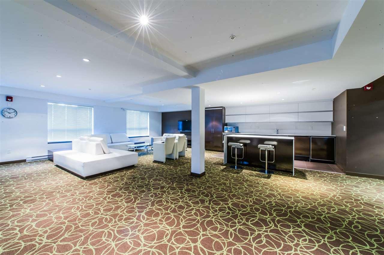 Condo Apartment at 406 8695 160 STREET, Unit 406, Surrey, British Columbia. Image 11