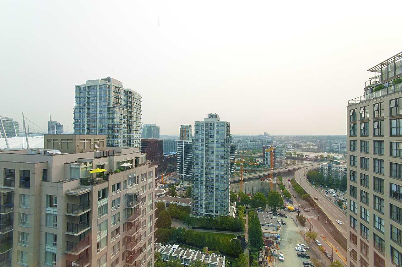 Condo Apartment at 2201 950 CAMBIE STREET, Unit 2201, Vancouver West, British Columbia. Image 5