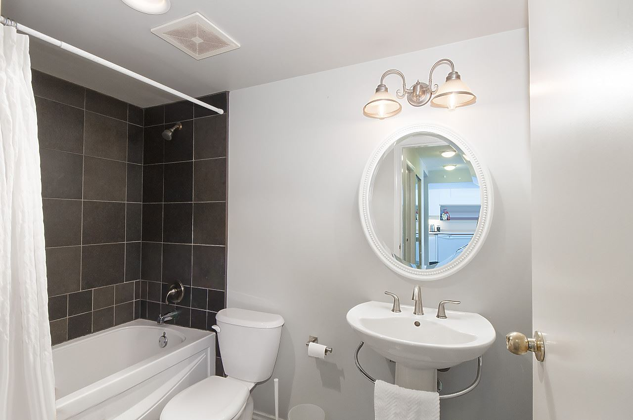 Condo Apartment at 2201 950 CAMBIE STREET, Unit 2201, Vancouver West, British Columbia. Image 10