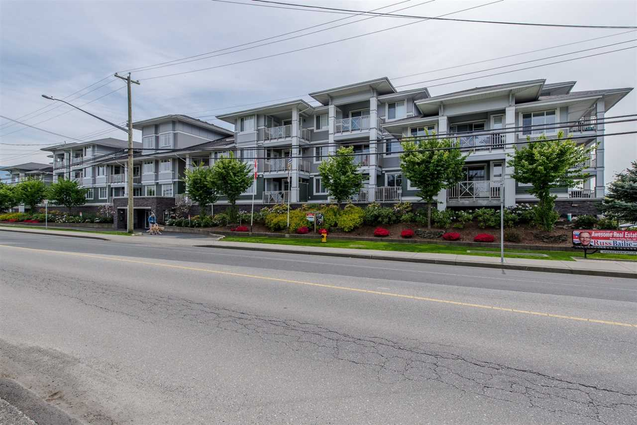 Condo Apartment at 203 46262 FIRST AVENUE, Unit 203, Chilliwack, British Columbia. Image 1