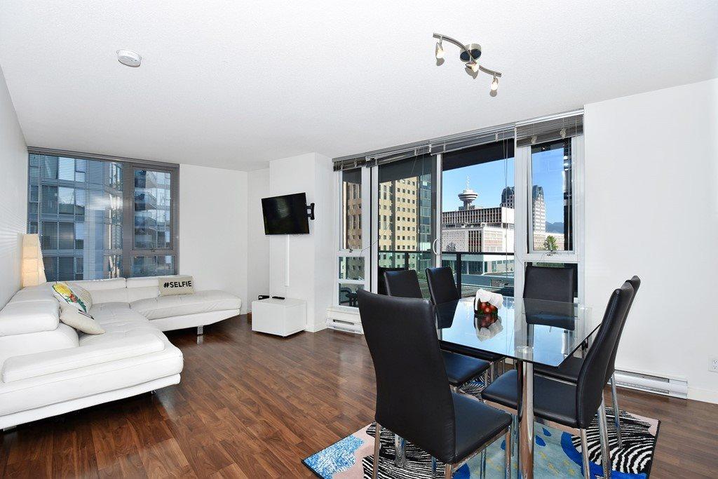 Condo Apartment at 1002 233 ROBSON STREET, Unit 1002, Vancouver West, British Columbia. Image 5