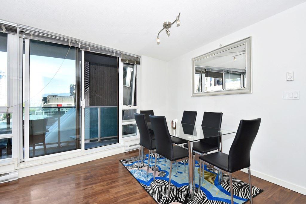 Condo Apartment at 1002 233 ROBSON STREET, Unit 1002, Vancouver West, British Columbia. Image 8