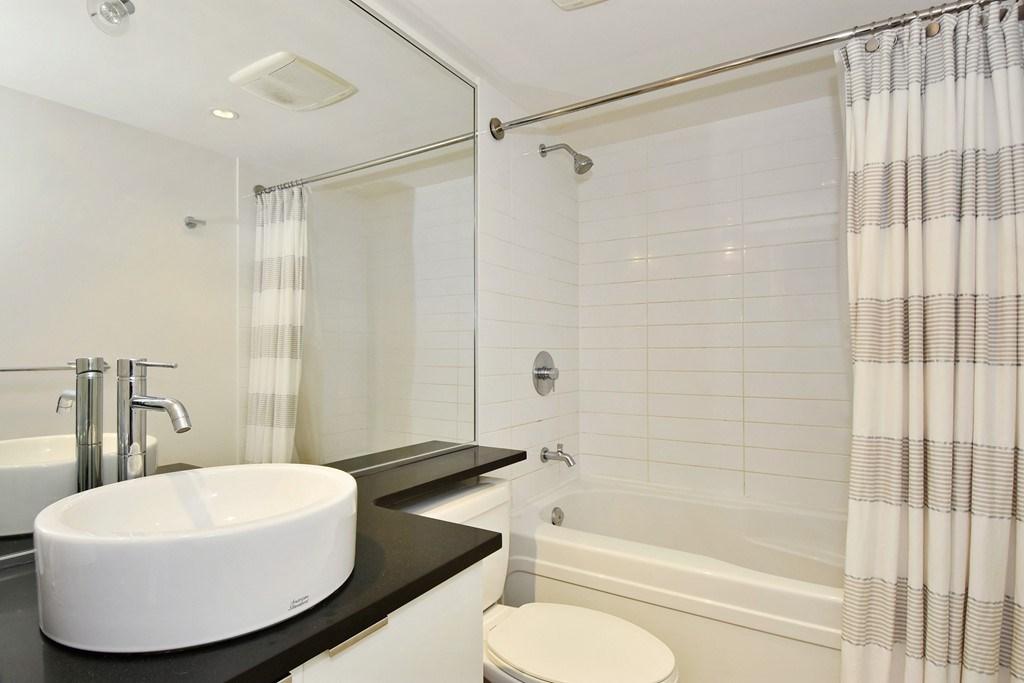 Condo Apartment at 1002 233 ROBSON STREET, Unit 1002, Vancouver West, British Columbia. Image 14