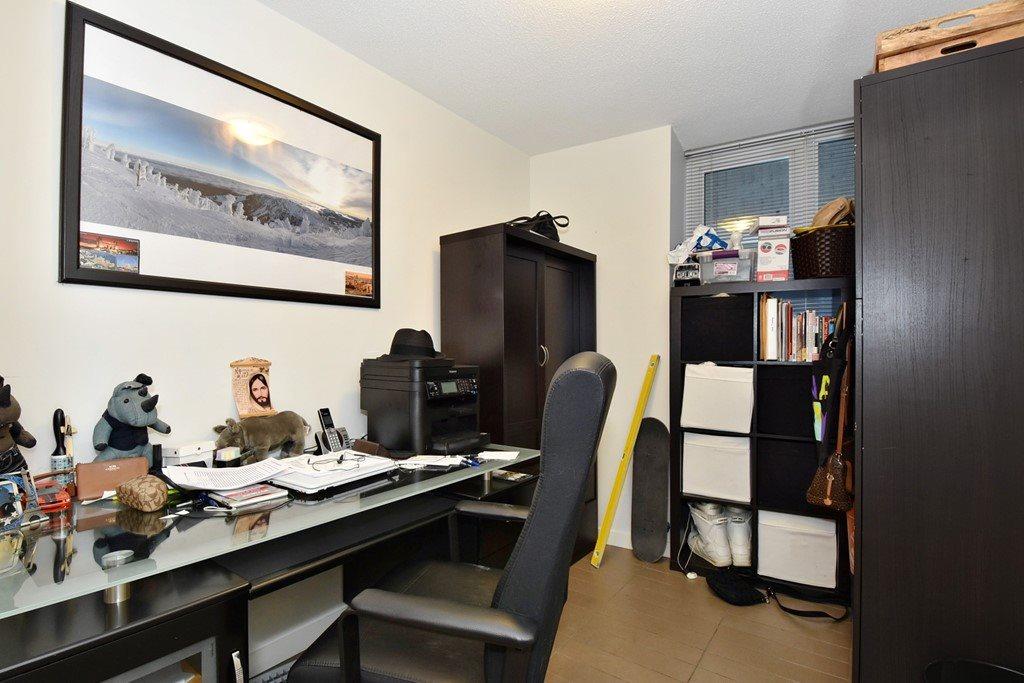 Condo Apartment at 1002 233 ROBSON STREET, Unit 1002, Vancouver West, British Columbia. Image 16