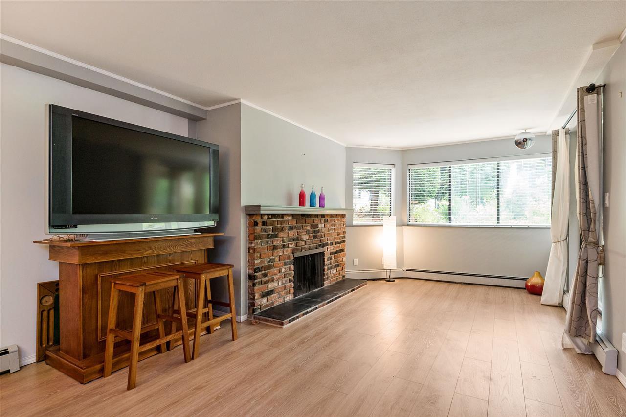 Condo Apartment at 101 32098 GEORGE FERGUSON WAY, Unit 101, Abbotsford, British Columbia. Image 2