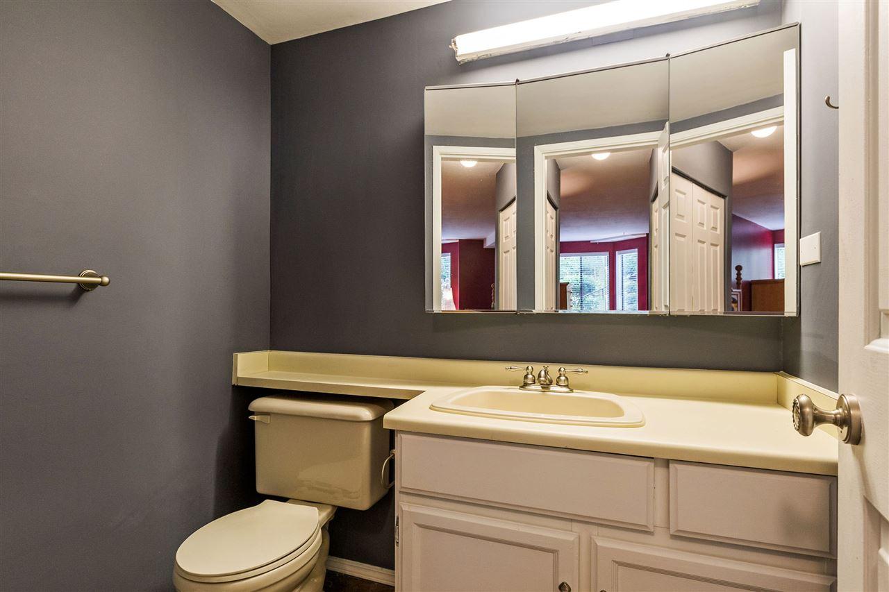 Condo Apartment at 101 32098 GEORGE FERGUSON WAY, Unit 101, Abbotsford, British Columbia. Image 9