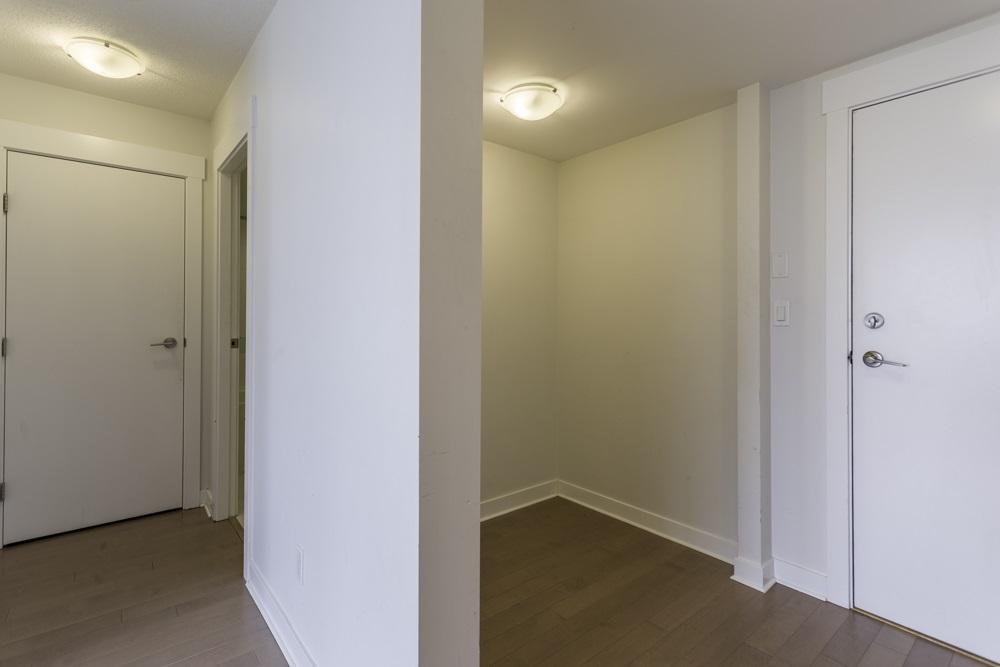Condo Apartment at 1410 13380 108 AVENUE, Unit 1410, North Surrey, British Columbia. Image 4