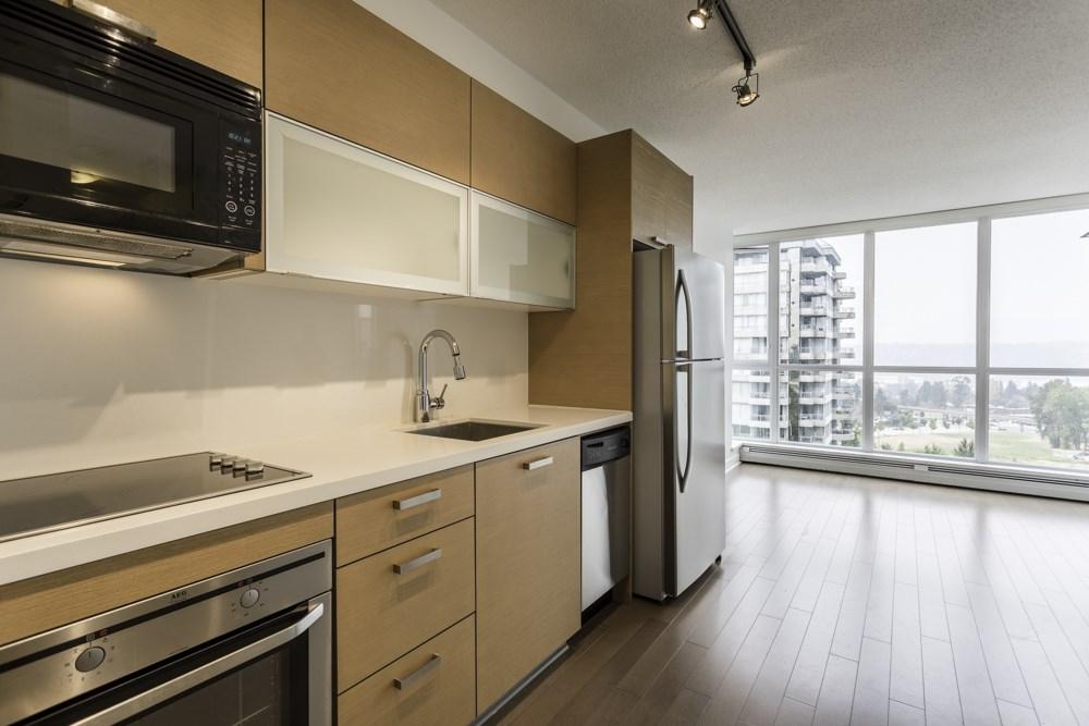 Condo Apartment at 1410 13380 108 AVENUE, Unit 1410, North Surrey, British Columbia. Image 5