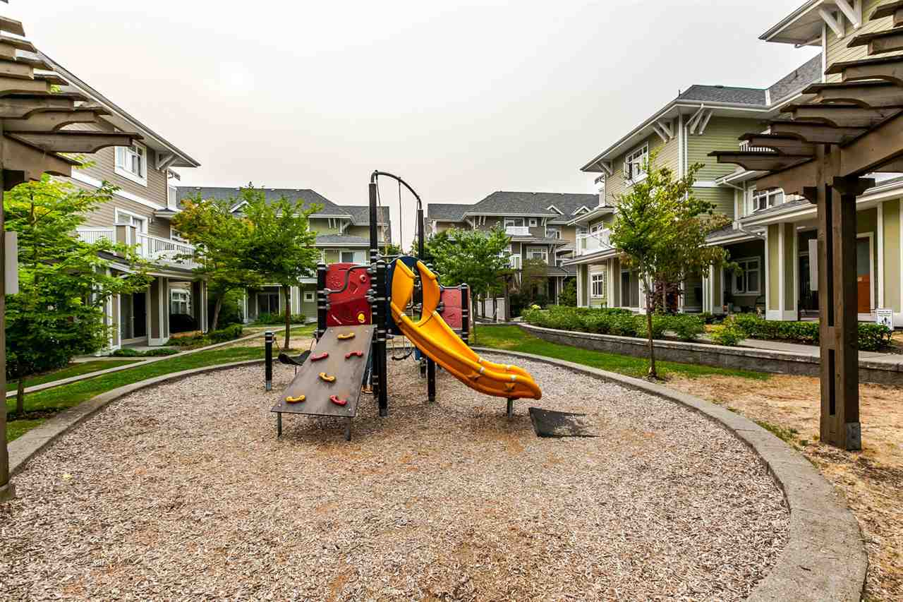 Townhouse at 42 7388 MACPHERSON AVENUE, Unit 42, Burnaby South, British Columbia. Image 19