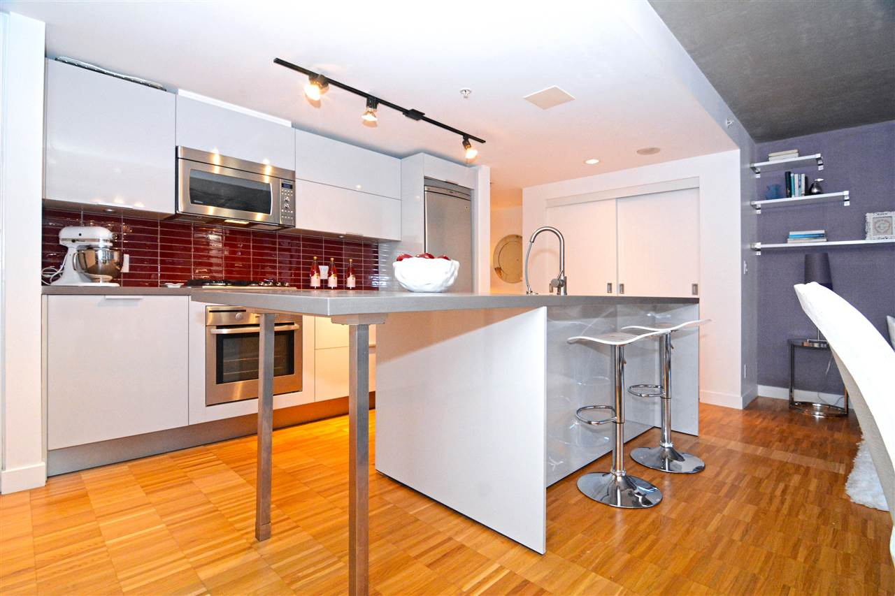Condo Apartment at 502 128 W CORDOVA STREET, Unit 502, Vancouver West, British Columbia. Image 8
