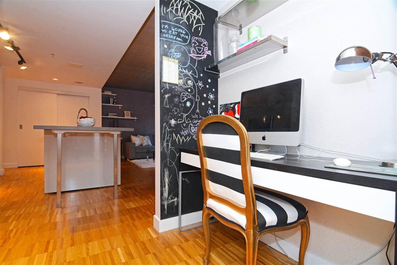 Condo Apartment at 502 128 W CORDOVA STREET, Unit 502, Vancouver West, British Columbia. Image 13