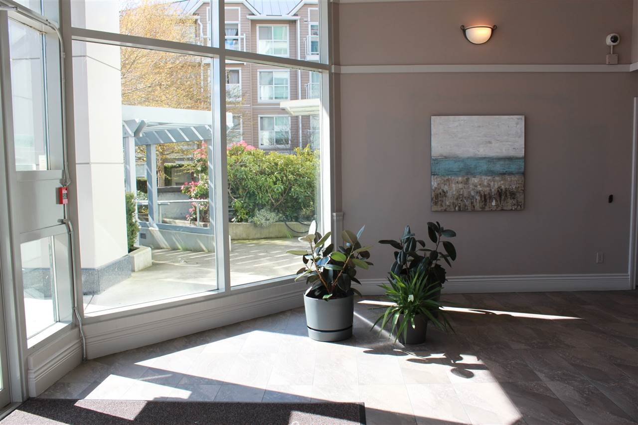 Condo Apartment at 109 5860 DOVER CRESCENT, Unit 109, Richmond, British Columbia. Image 3