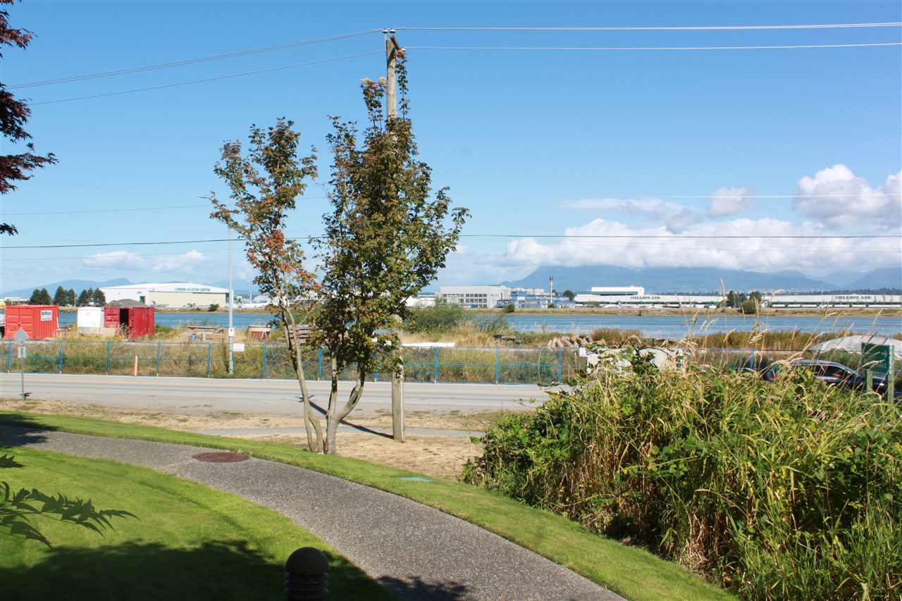 Condo Apartment at 109 5860 DOVER CRESCENT, Unit 109, Richmond, British Columbia. Image 5