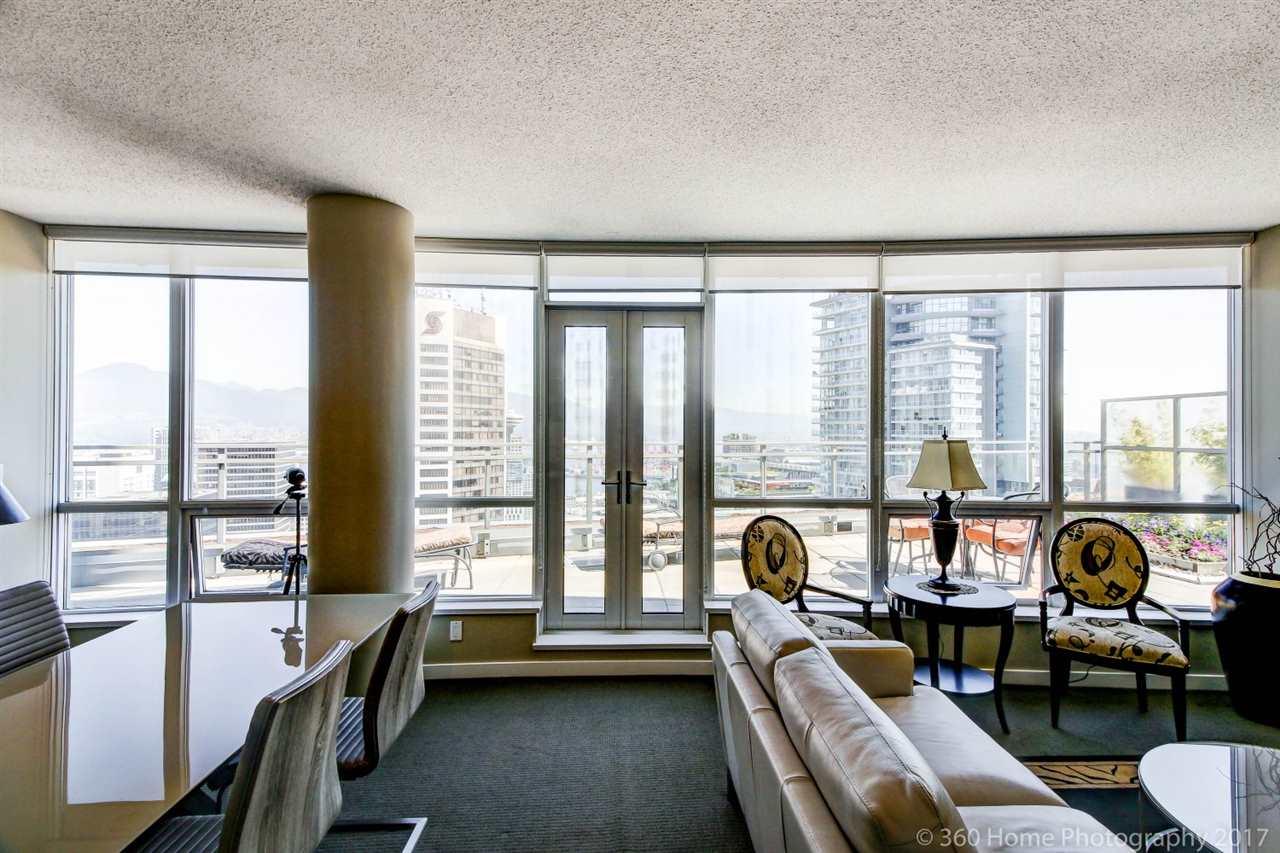 Condo Apartment at 3706 833 SEYMOUR STREET, Unit 3706, Vancouver West, British Columbia. Image 3