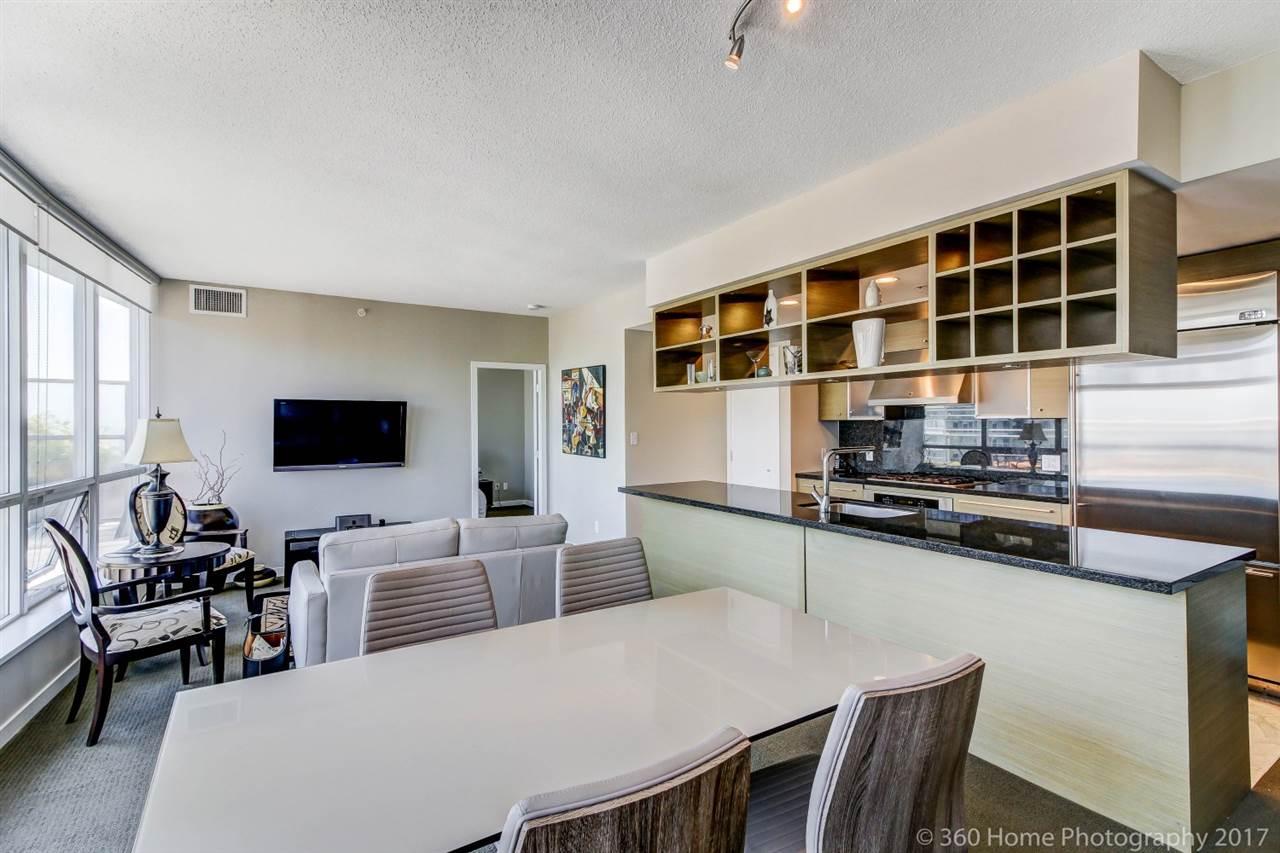 Condo Apartment at 3706 833 SEYMOUR STREET, Unit 3706, Vancouver West, British Columbia. Image 4