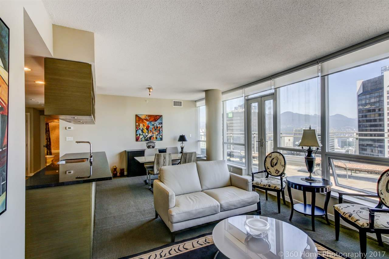 Condo Apartment at 3706 833 SEYMOUR STREET, Unit 3706, Vancouver West, British Columbia. Image 6