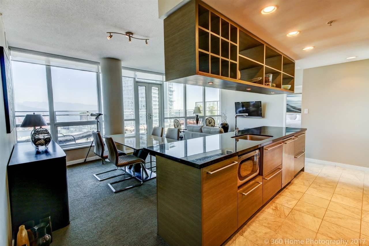 Condo Apartment at 3706 833 SEYMOUR STREET, Unit 3706, Vancouver West, British Columbia. Image 7