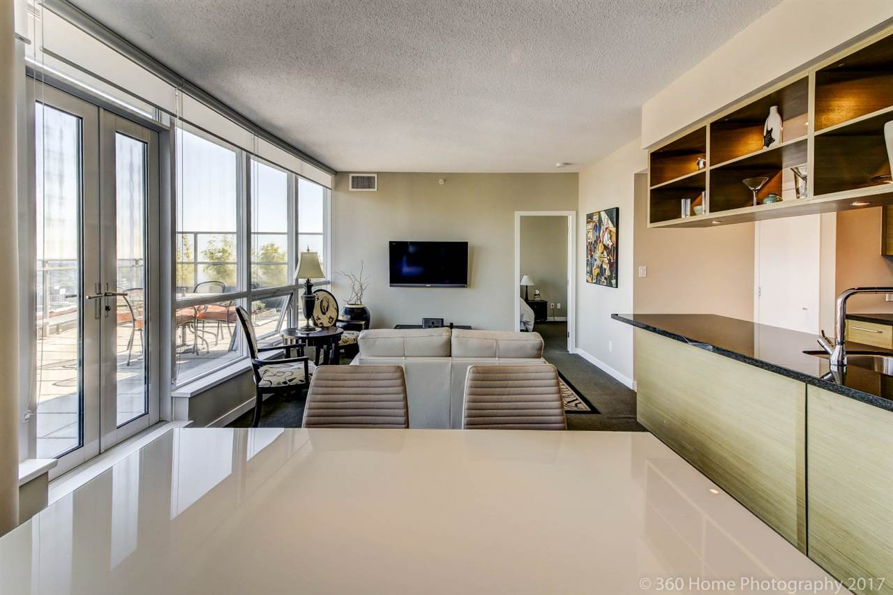 Condo Apartment at 3706 833 SEYMOUR STREET, Unit 3706, Vancouver West, British Columbia. Image 8