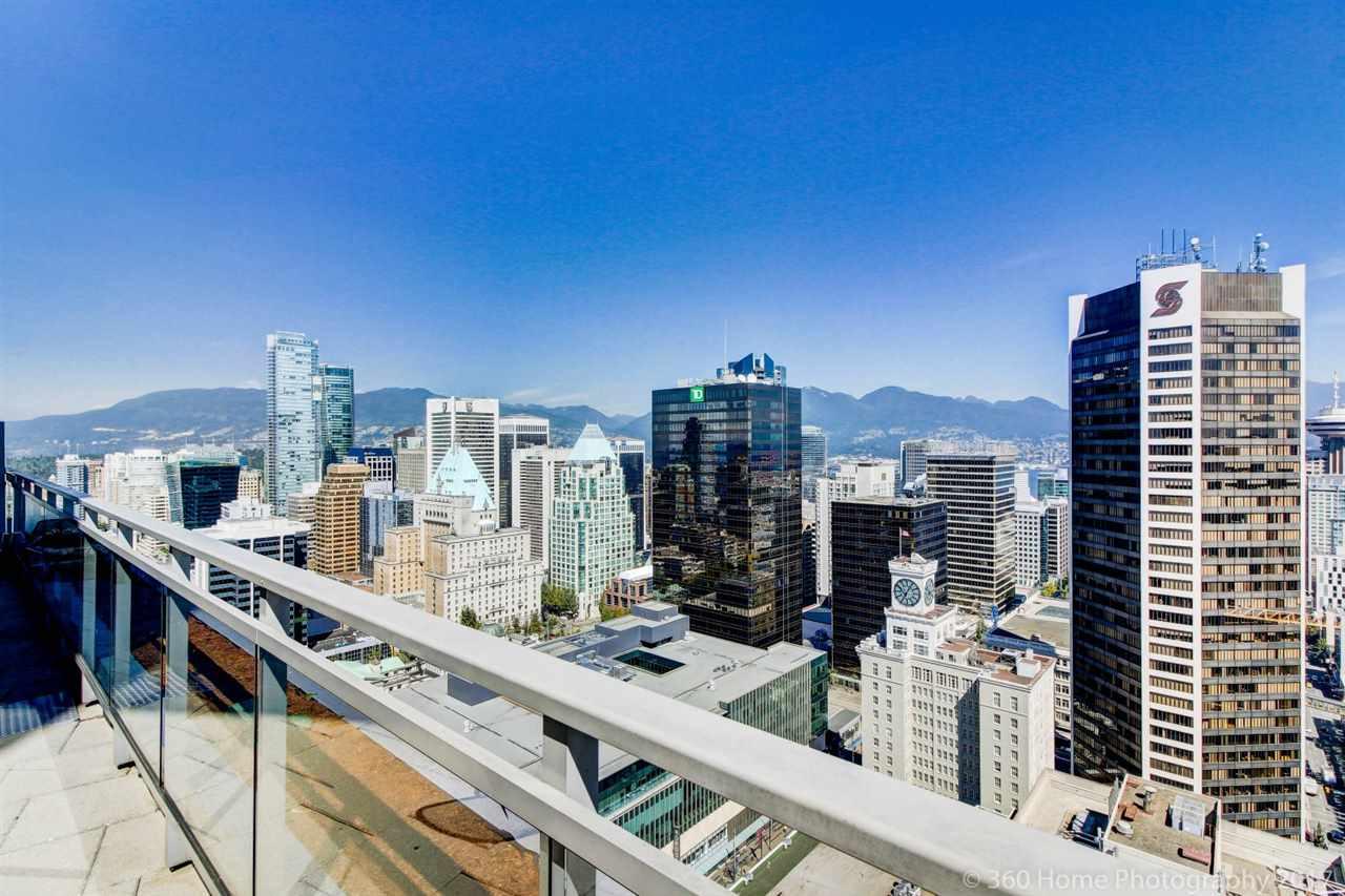 Condo Apartment at 3706 833 SEYMOUR STREET, Unit 3706, Vancouver West, British Columbia. Image 11